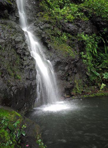 Cascade de Pape'ana'ana à Tahiti