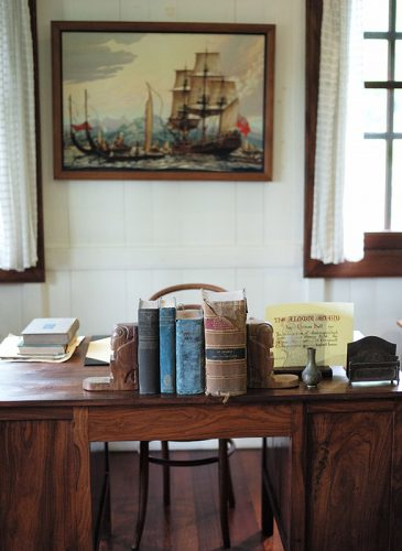 maison James Norman Hall_Bounty_Tahiti_écrivain_bureau