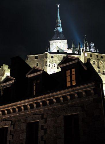 abbaye Mont Saint-Michel de nuit